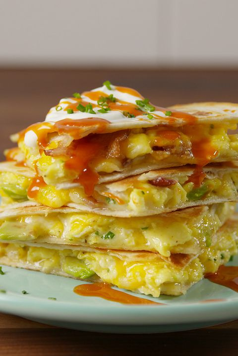 เพียบ Breakfast Quesadilla Vertical
