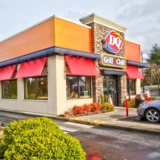 average Dairy Queen franchise cost is between $400,000 and $1 million.