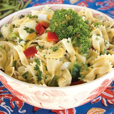 A light summer pasta dish sure to compliment any meal, courtesy of this Food Network star!