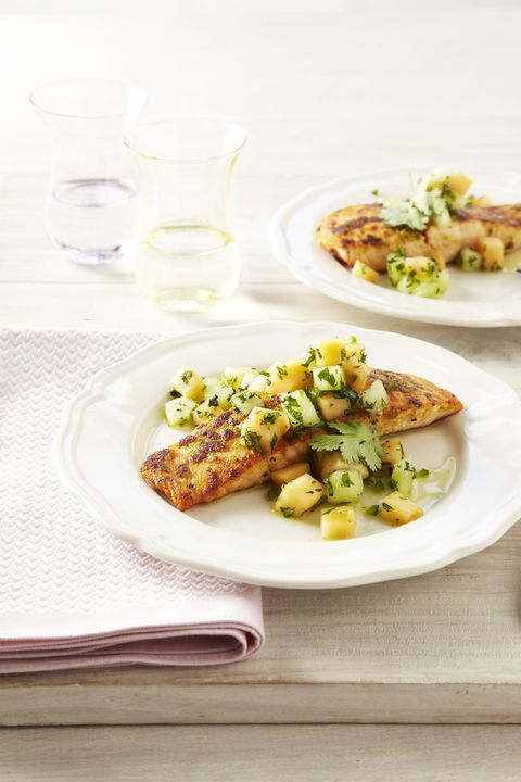 ingver crusted salmon with melon salsa