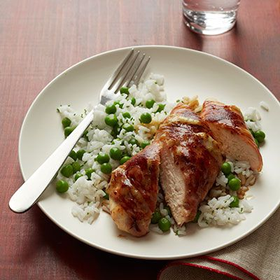 hrustljavo ham and cheese chicken with sweet peas and rice