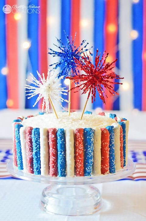 4:e of July Sparkler Cake