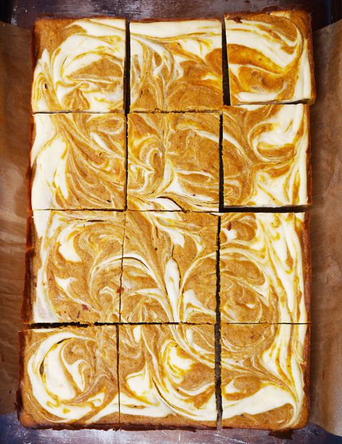 tekvica Spice Blondies with Cheesecake Swirl Recipe