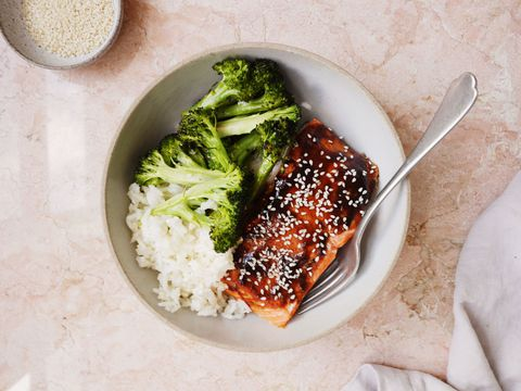 Hoisin-Glazirano Salmon with Broccoli and Sesame Rice Horizontal