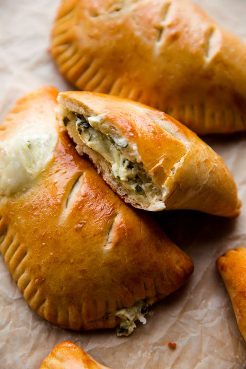 Sıcak Cheese and Spinach Stuffed Pockets Vertical