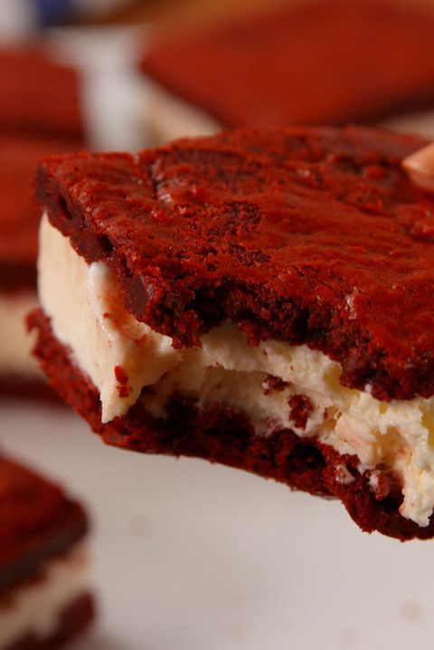 červená Velvet Ice Cream Sandwiches