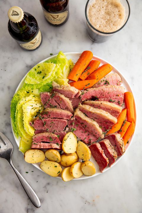pomaly Cooker Corned Beef & Cabbage Vertical