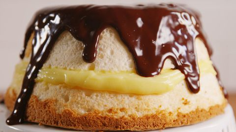 boston Cream Cake Horizontal