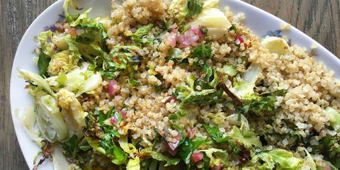 Kavrulmuş Brussels Sprouts and Quinoa with Warm Red Onion Vinaigrette